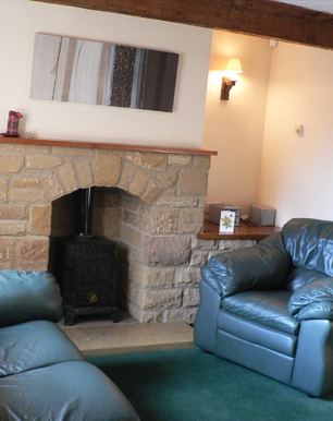Mill Cottage situated Eyam, Peak District, is a holiday cottage in Eyam, Peak District, providing holiday accommodation in Eyam, Peak District, to holiday makers wanting to come to Eyam, Peak District, looking for holiday cottage accommodation in Eyam, Peak District.